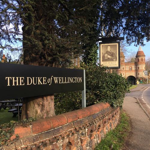 duke-of-wellington-sign